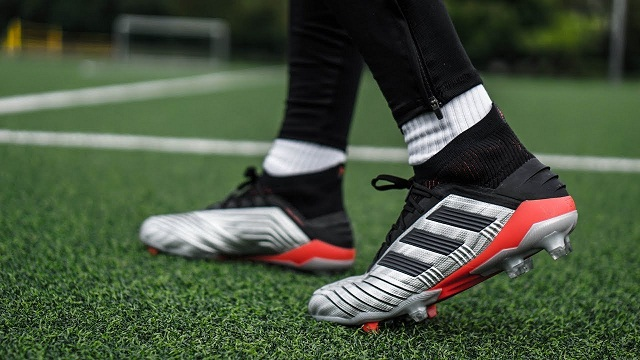 Factors To Look Out For when choose football cleats for speed