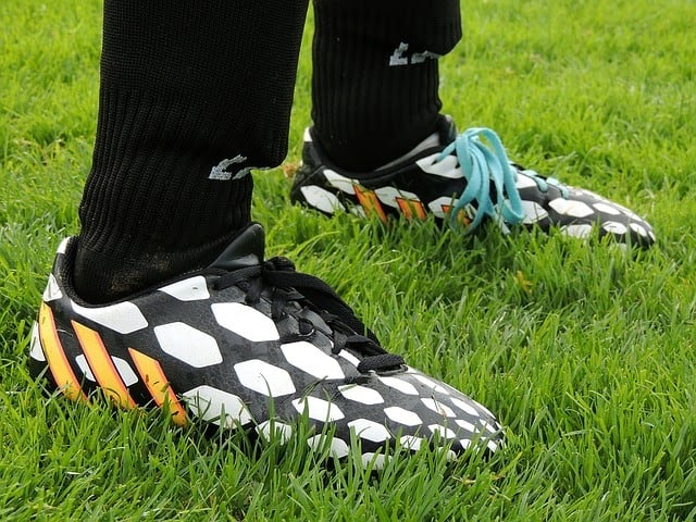 criteria for buying the best football cleats for running backs