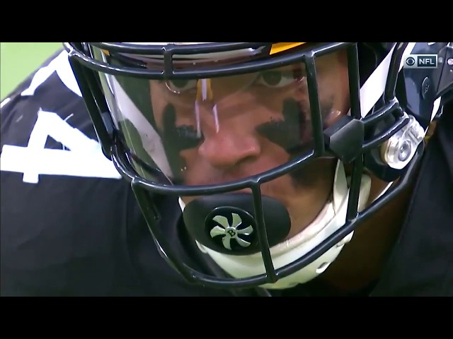 Do professional football players wear mouthguards