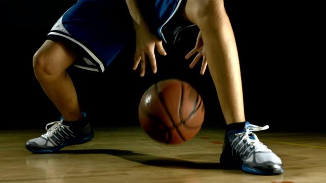 Choose best basketball shoes based on playability